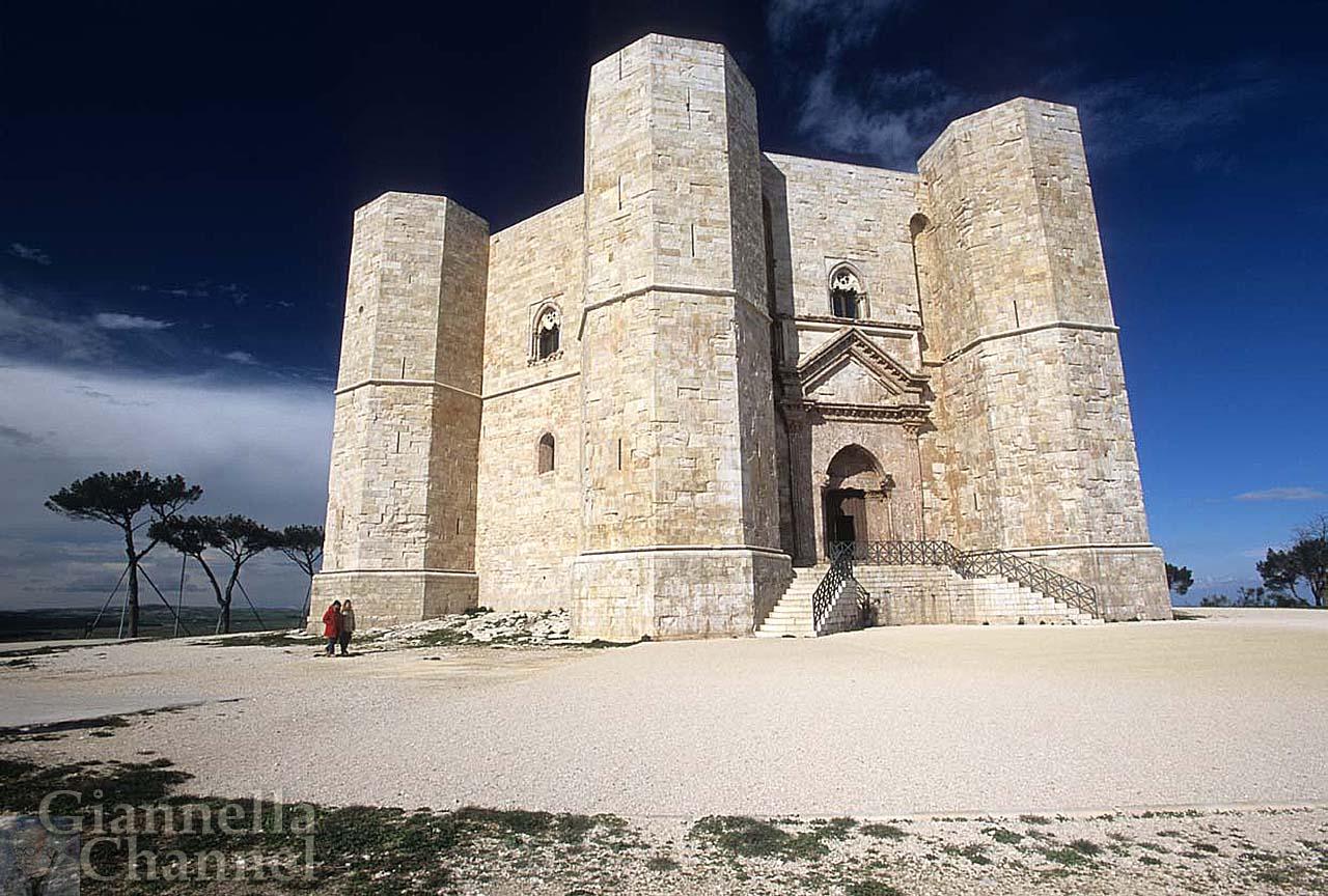 Seduce ancora la Puglia <br />che stupì Federico II