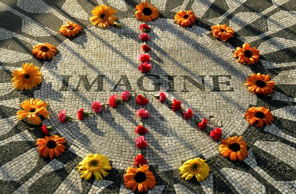 """<em>""""Imagine""""</em> ci ricorda che <br />un altro mondo è possibile"""