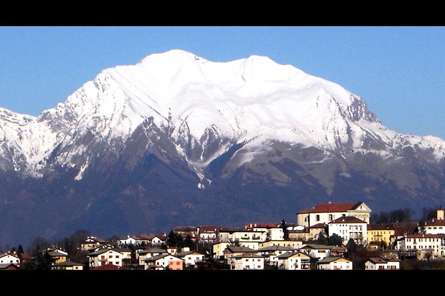 A Mel e nelle Dolomiti Bellunesi, <br />rifugio del cronista Dino Buzzati
