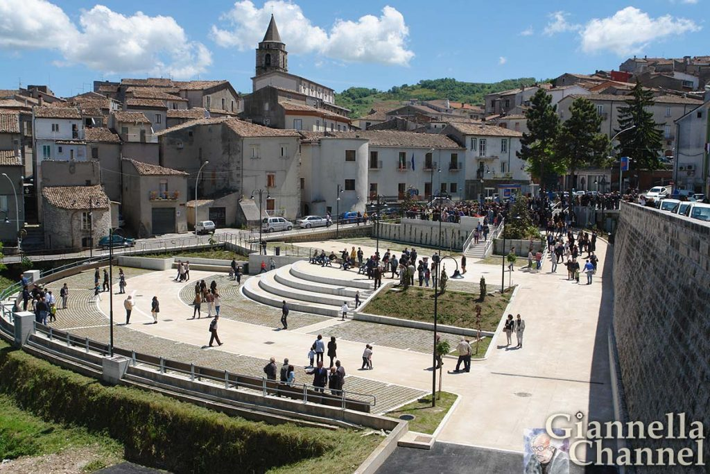 riccia-piazza-municipio