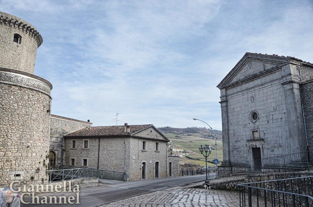riccia-castello-chiesa
