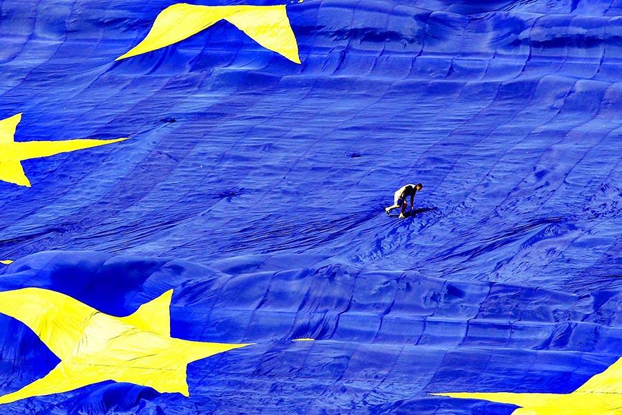 L'europeismo italiano <br />dalle urne esce <br />con qualche osso rotto