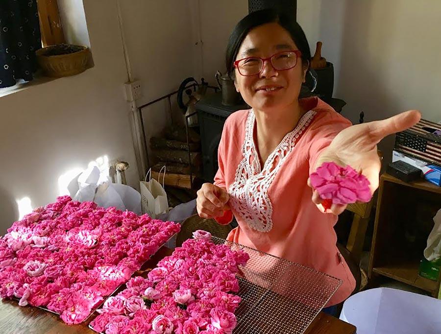 A Shaxi, nell'antica Cina <br />dove è ritornato <br />il profumo delle rose