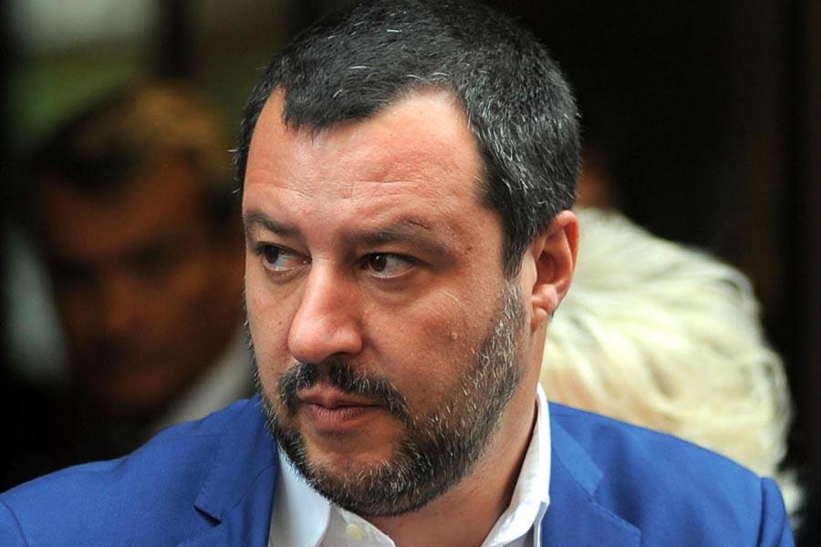 """""""La bestia"""", ovvero <br />del come funziona <br />la propaganda di Salvini"""