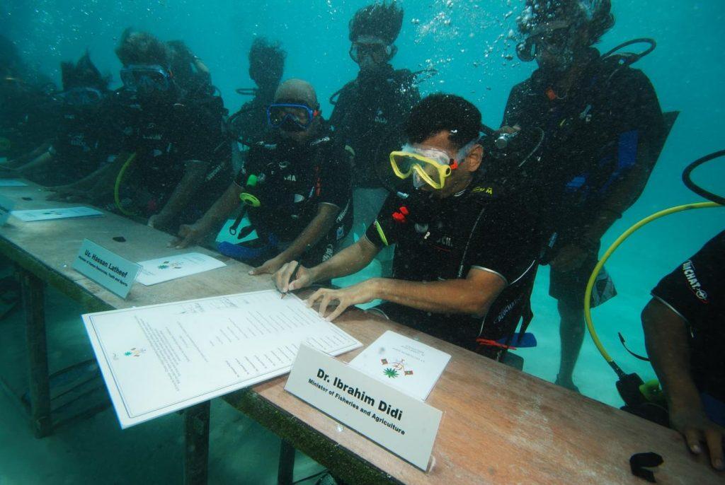 firma-accordo-clima-maldive