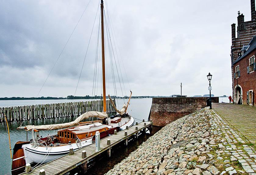 Un tratto della costa olandese di Scheveningen, rinonmato sobborgo balneare dell'Aja. (Foto di Lucio Rossi)