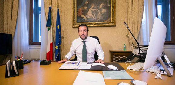 Gli omicidi continuano a diminuire, ditelo al ministro che vuole gli italiani armati con più facilità