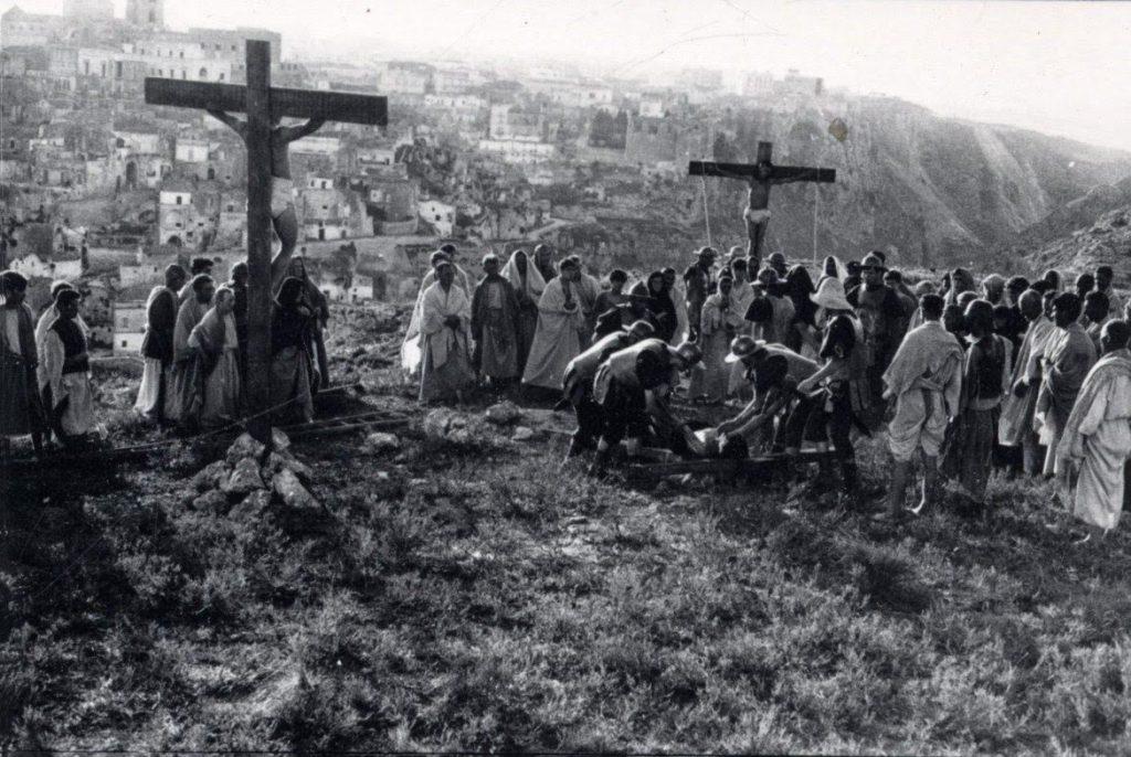 """I sassi di Matera in """"Il vangelo secondo Matteo"""" di Pierpaolo Pasolini"""