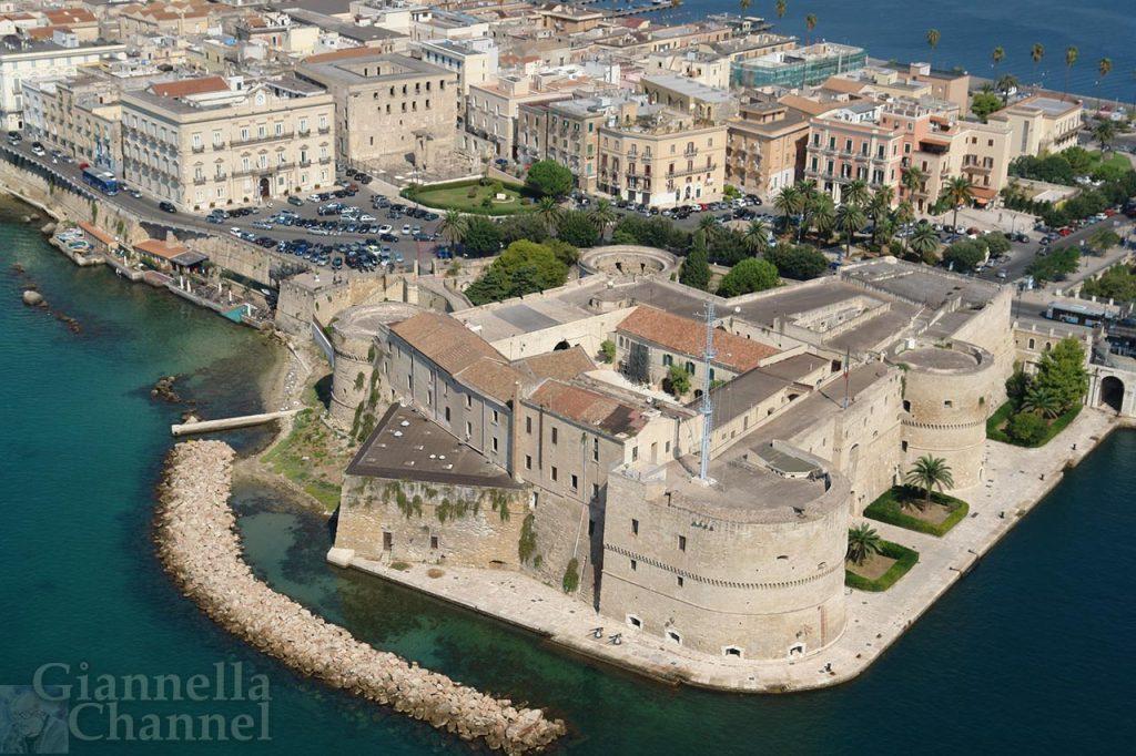 Castello Aragonese, Taranto © Marina Militare