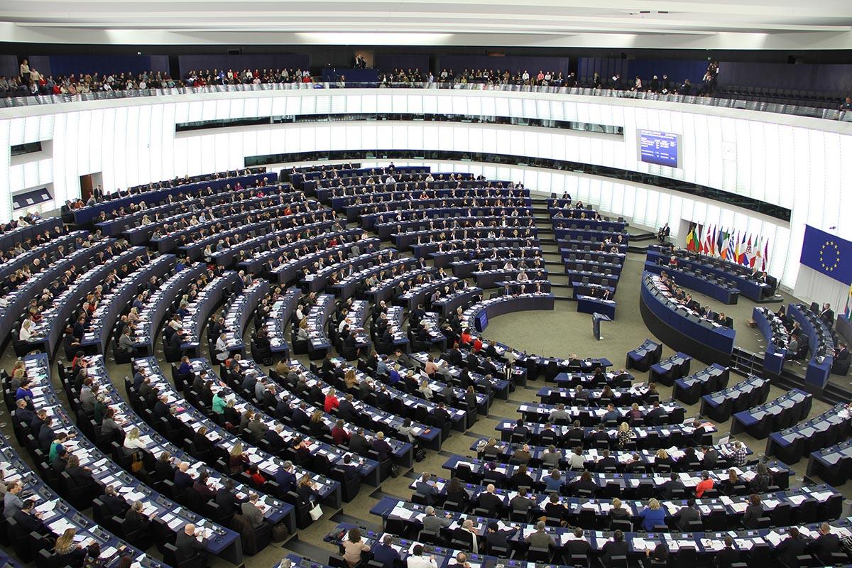 L'UE approva la risoluzione <br />per recuperare le opere d'arte <br />saccheggiate dai nazisti