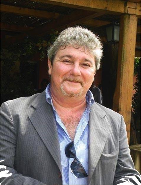 Roberto Mancini (Roma, 1960 – Perugia, 2014) è stato il primo poliziotto che con la sua squadra ha indagato sullo sversamento illegale di rifiuti speciali e tossici nei territori della Campania, che verranno poi indicati come Terra dei fuochi, e sulle attività della camorra collegate