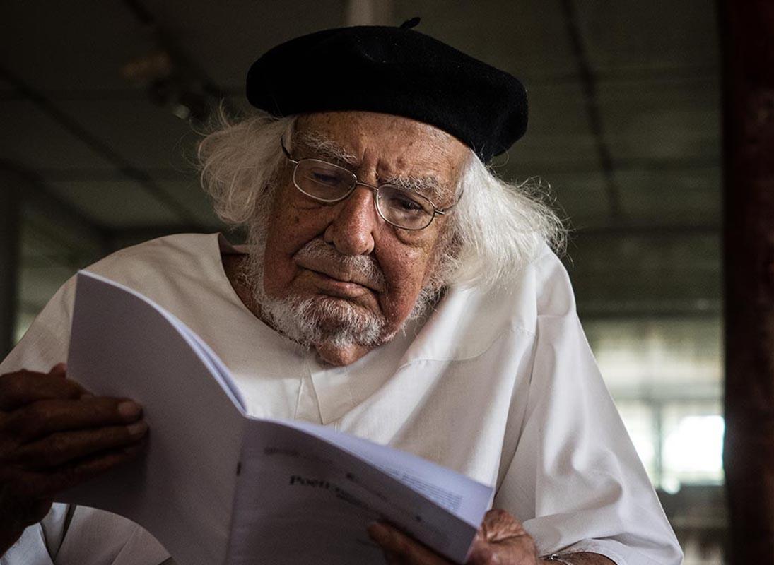 E Papa Francesco riabilita <br />il prete-poeta Ernesto Cardenal