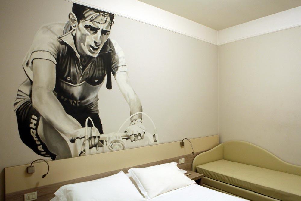 L'interno della stanza dell'Ala d'Oro dedicata a Fausto Coppi