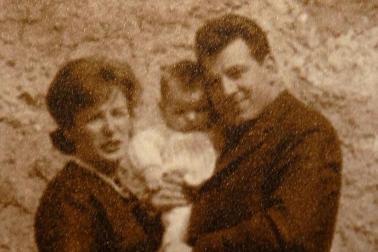 Vittorio Tiralongo con la compagna Franca e la figlia Dina