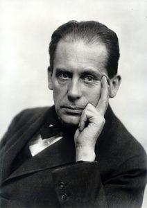 Walter Adolph Gropius, fondatore del Bahaus