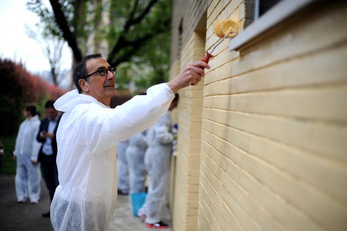 A Milano facciamola pulita <br />nel ricordo di Antonio Iosa