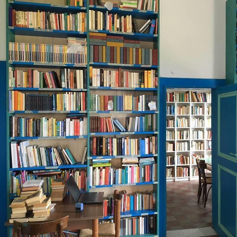 A Stromboli riapre <br />la Biblioteca <br />in mezzo al mare