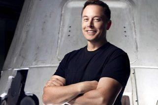 Per un viaggio sulla Luna prenotatevi da lui, Elon Musk, che coltiva e realizza sogni