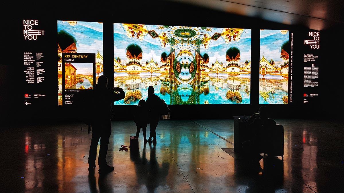 A Malpensa si vola <br />con l'arte digitale <br />nella storia di Milano