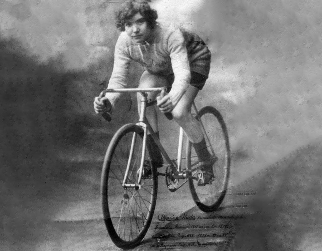 Quella ribelle Alfonsina, <br />prima e unica Lei <br />a correre il Giro d'Italia