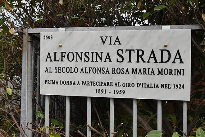alfonsina-strada-targa