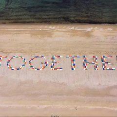 """""""Together"""", a Cesenatico 301 lettini sulla spiaggia pensando alla ripartenza"""