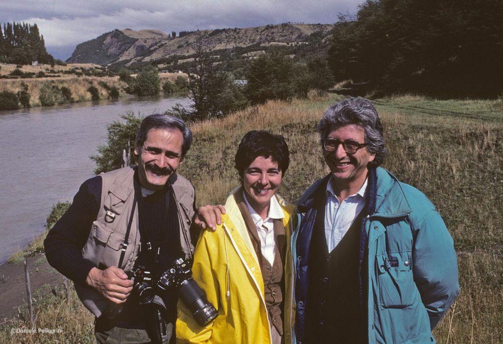 Coihaique, Cile.. Da sinistra: Daniele Pellegrini, Grazia Francescato e Raul Morales
