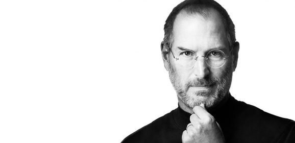 Steve Jobs, bimbo adottato e felice che ha cambiato la vita a tutti noi