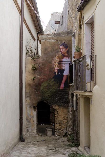 Stigliano Street art 'appARTEngo' - Bifido, 'Caterina', 2020
