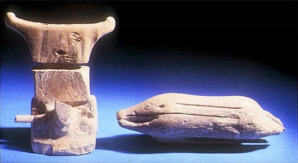 Trinitapoli - idolo taurino (dedicato a Tautor) e cinghiale 1800 a.C.
