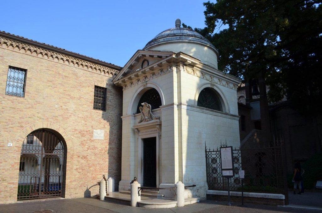 Dante Alighieri - Tomba