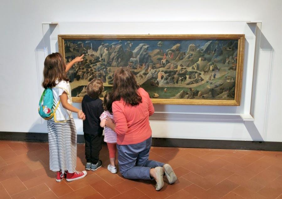Firenze - Bambini davanti alla Tebaide del Beato Angelico