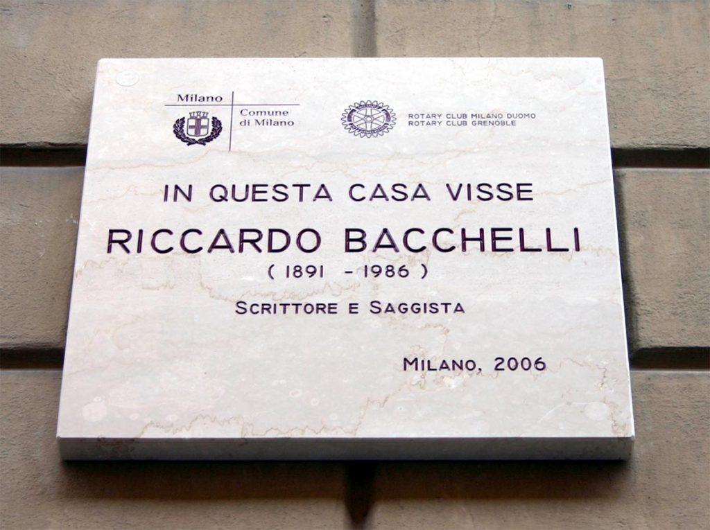 Milano - Lapide Riccardo Bacchelli con data morte sbagliata