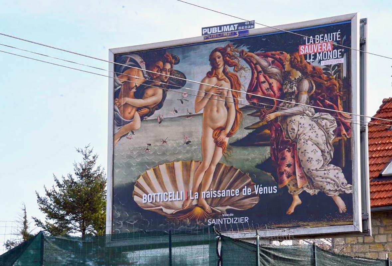 """Saint-Dizier, progetto """"La bellezza salverà il mondo"""": opere d'arte sui cartelloni pubblicitari"""